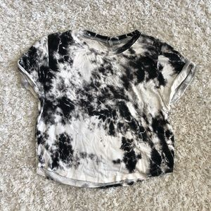 Nollie tie dye crop top